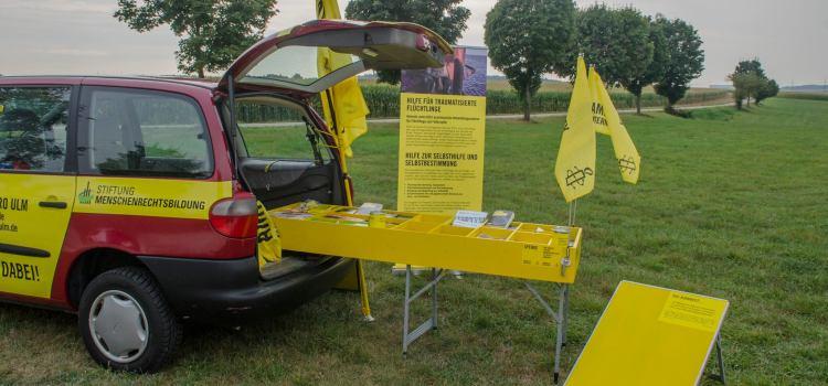 """""""Rollender Infostand"""" des Bündnis Menschenrechtsbildung e.V. gestohlen"""